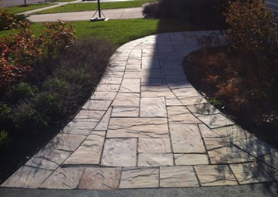 Natural Stone Curved Walkway