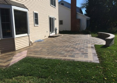 Pave Patio With Seating